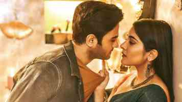 Vastunna Vastunna Song Lyrics In Telugu V Movie 2020