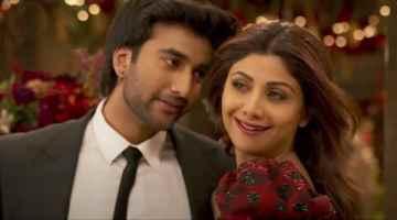 Chura Ke Dil Mera Song Lyrics From Hungama 2 Movie In Hindi